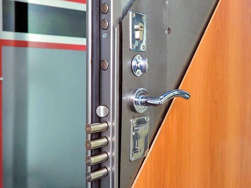 стальная защита двери стальные